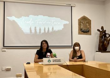 Ana Juan presentó la versión digital de la pasarela. Foto: CIF